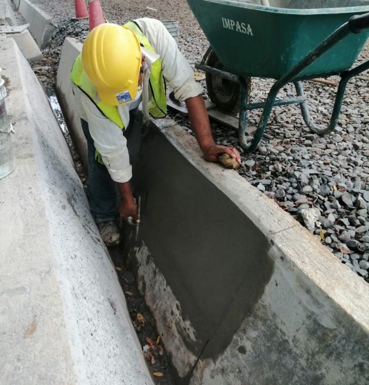 Aplicación de Strong Bond adhesivo acrílico en el proyecto Potabilizadora del IDAAN Los Algarrobos - Construventas 3