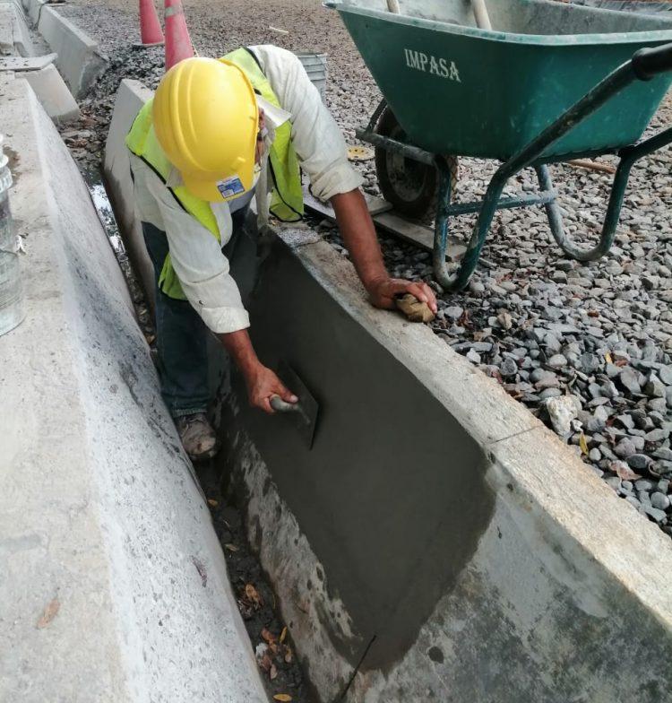 Aplicación de Strong Bond adhesivo acrílico en el proyecto Potabilizadora del IDAAN Los Algarrobos - Construventas 5